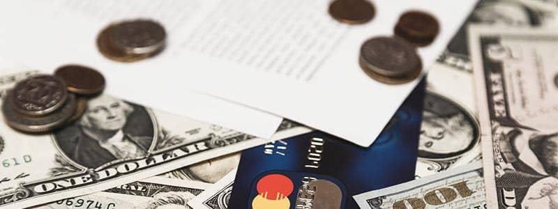 Was-muss-in-ein-Bug-Out-Bag_8_Geld_und_dokumente
